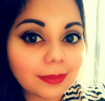 Image of Mayra, financial counselor at Consumer Credit Counseling Services of Northern Illinois